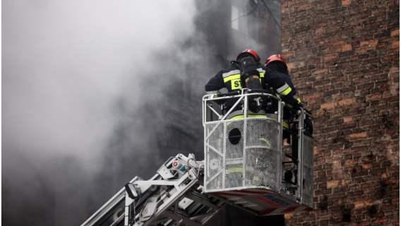 Bohater skoczył w ogień, by ratować człowieka