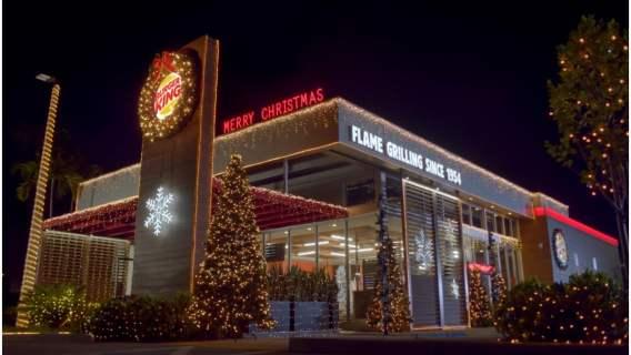 Burger King już teraz obchodzi Boże Narodzenie.