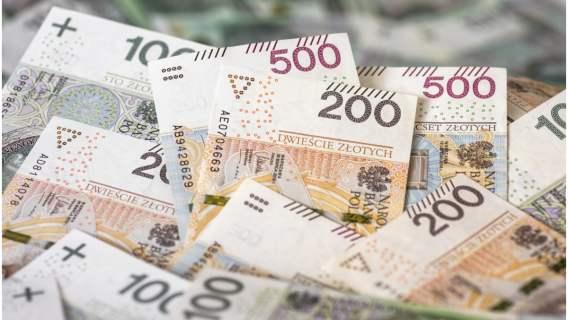Pieniądze trafiły w ręce szczęśliwego emeryta