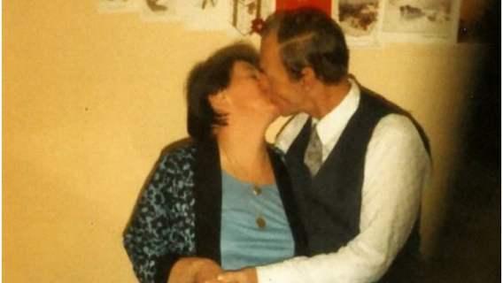 Spędzili ze sobą 54 lata i nikt nie spodziewał się takiego zakończenia. Prawdziwa miłość do grobowej deski