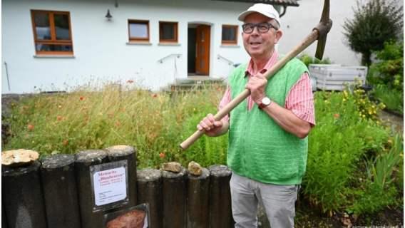 Hansjoerg Bayer znalazł w swoim ogrodzie ogromny meteoryt.
