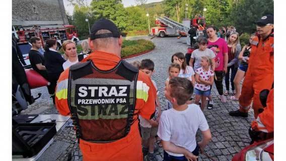 Pokazy strażackie dla dzieci dotkniętych powodzią. Agata Kornhauser-Duda wśród inicjatorów akcji