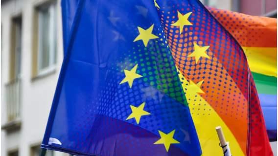 """""""Strefy wolne od LGBT"""" bez unijnego dofinansowania."""