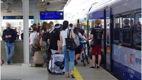 Nowe zniesienie ograniczeń dotyczących podróżowania dla Polaków