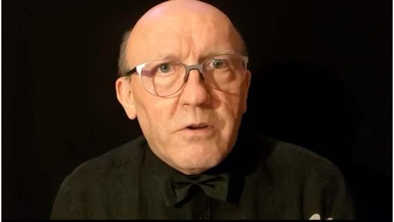 Artur Barciś został poetą i tekściarzem. Aktor tworzy niesamowite wiersze i piosenki