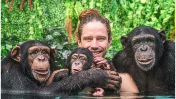 Prawdziwy Tarzan opiekujący się zwierzętami