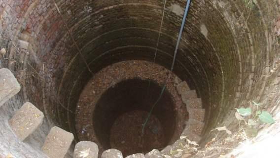 Studnia skrywała skarby sprzed tysięcy lat. Archeolodzy dokonali największego odkrycia w historii
