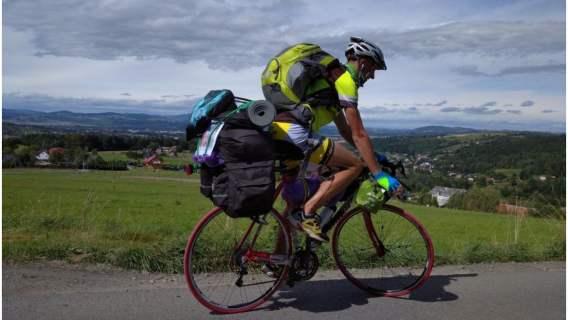 Marek Gelata przemierzył na rowerze pół Polski