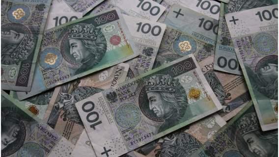 Pieniądze dla emerytów z tytuły dodatku honorowego