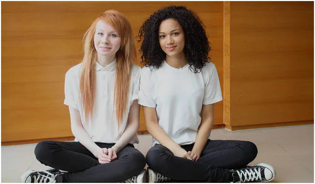 Siostry bliźniaczki