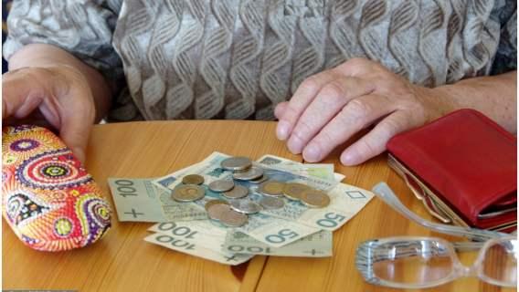 75 tys. Polek może liczyć na podwyżki emerytur. Jak otrzymać wyrównanie?