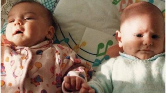Spotkali się tuż po narodzinach. 24 lata później ich losy przez przypadek połączyły się ponownie