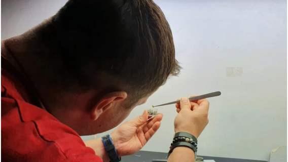 Rekord należący do Polaka związany jest ze stworzeniem przez niego najmniejszego akwarium na świecie