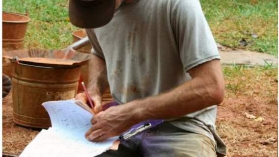 Znaleźli skarb pod Toruniem. Mógł go zakopać jakiś pradawny wojownik - wskazują badacze