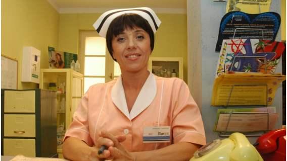 Pamiętacie siostrę Genowefę Basen? Wiemy co słychać u gwiazdy serialu