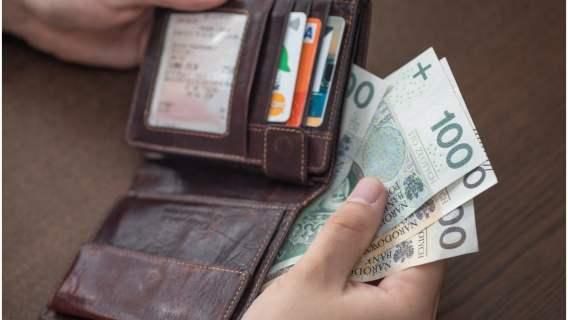 Skarbówka ma prezent dla Polaków. Do portfela może trafić 3250 złotych, wszystko dzięki nowej uldze podatkowej