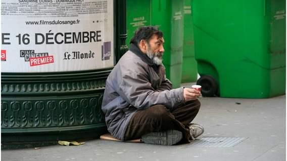 Bezdomni w paryskich hotelach