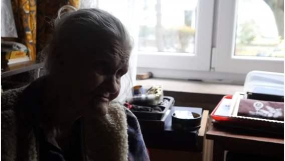 Wierzyć się nie chce, w jakich warunkach mieszka 87-letnia pani Irena. Za 11 dni na jej twarzy może znowu zagościć uśmiech