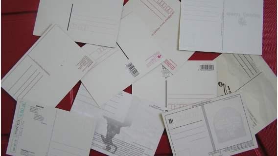 Czas odkopać stare pocztówki z czasów PRL-u. Teraz można na nich nieźle zarobić